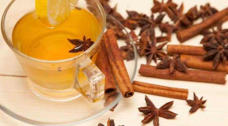 Que tal tomar um chá de gengibre, canela e anis?
