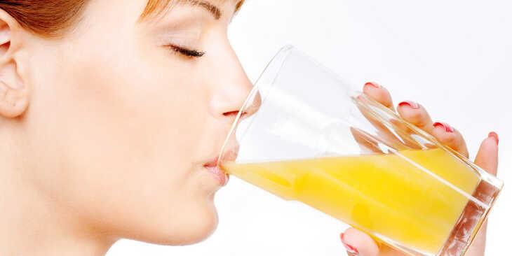 Beber suco é bom ou ruim? Entenda a polêmica.