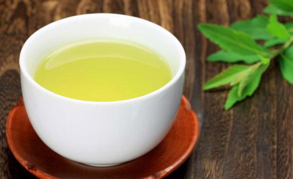 As Maravilhas do Chá Verde para sua Pele