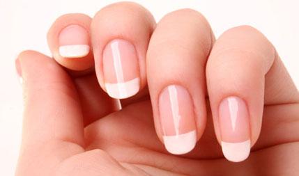 Base de alho - Fortalece e ajuda no crescimento das unhas