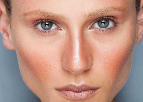 Maquiagem para Pele Bronzeada