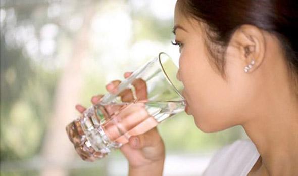 Vamos beber mais água hoje?